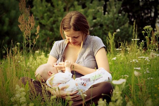 Medicine e allattamento? Ti aiuta e-lactancia
